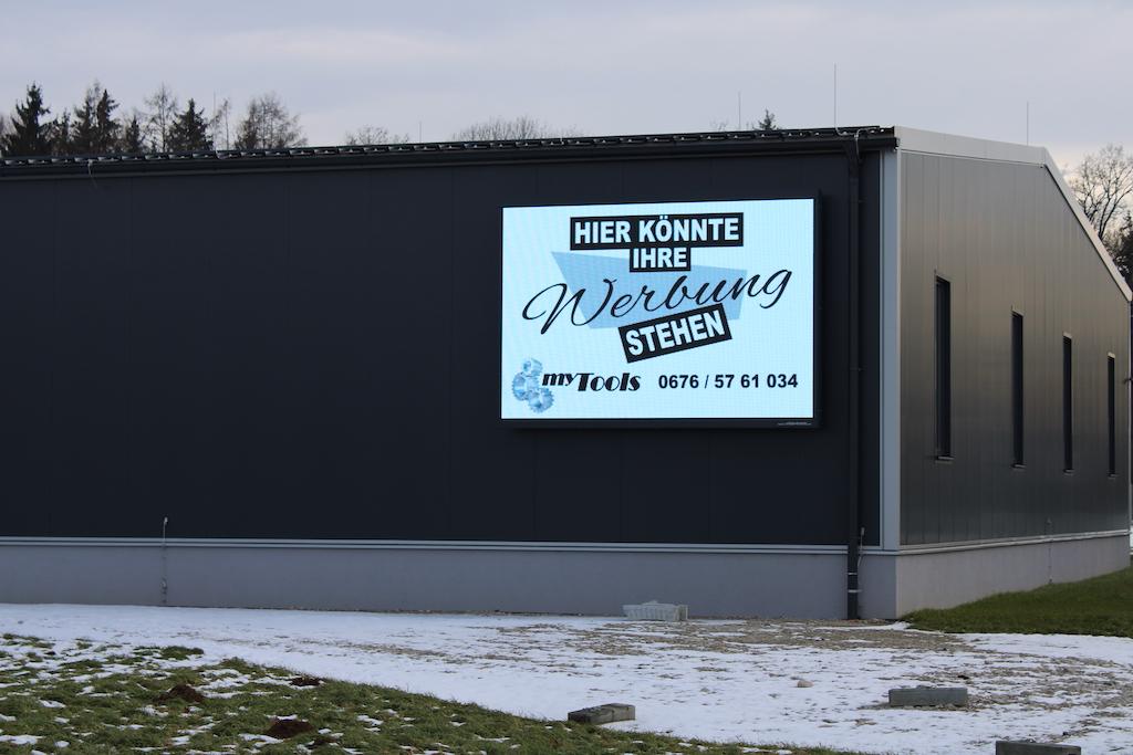 Auffallend und einprägsam Werben in Braunau am Inn
